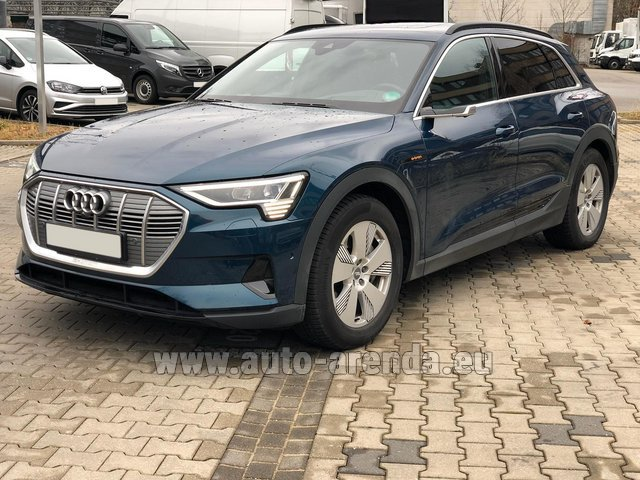Rental Audi e-tron 55 quattro (electric car) in Graz