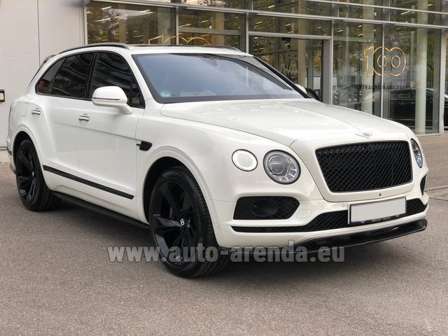 Rental Bentley Bentayga 6.0 litre twin turbo TSI W12 in Graz