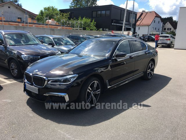 Rental BMW 750i XDrive M equipment in Innsbruck