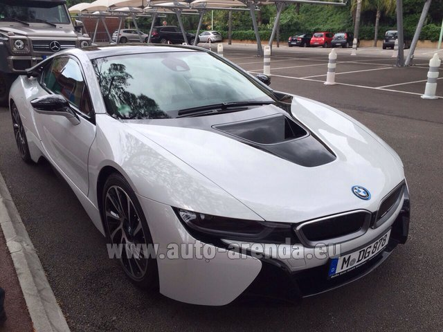 Rental BMW i8 Coupe Pure Impulse in Austria