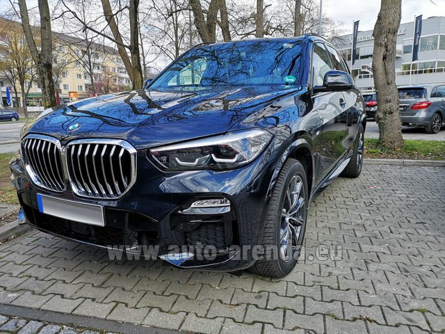 Rental BMW X5 xDrive 30d in Graz