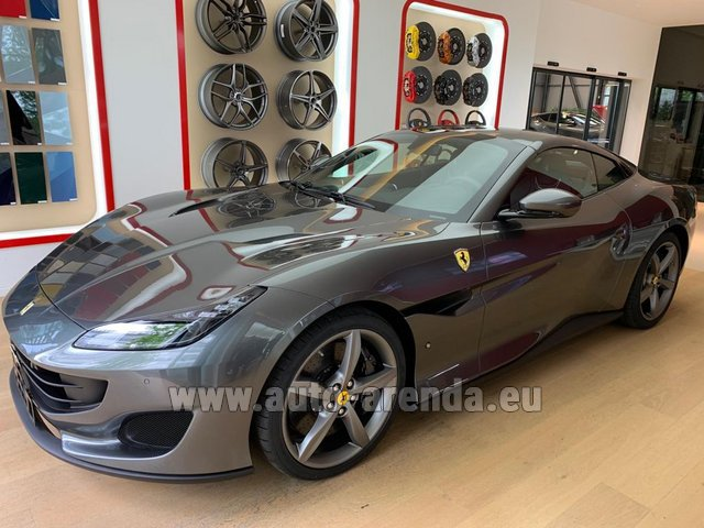 Hire and delivery to Vienna International Airport the car Ferrari Portofino