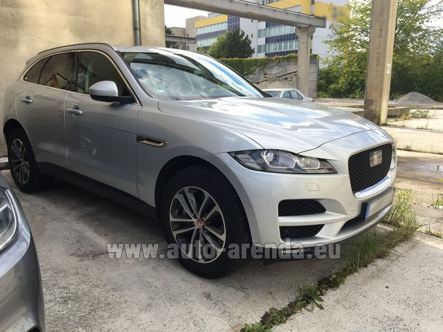 Rental Jaguar F-Pace in Innsbruck