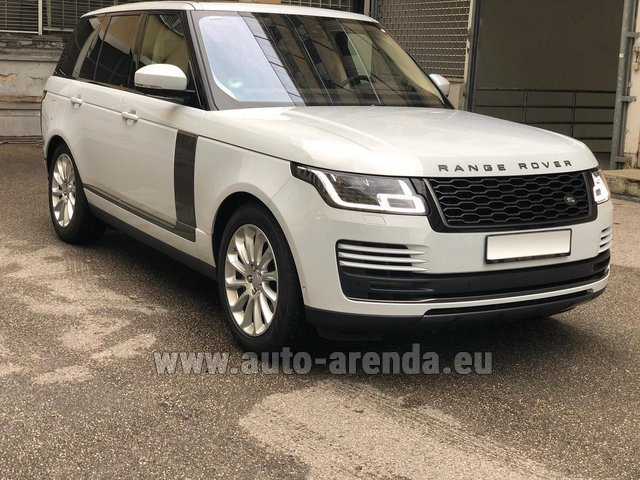 Rental Land Rover Range Rover Vogue P525 in Graz