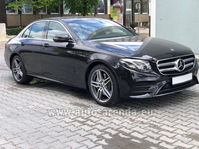 Rental Mercedes-Benz E 450 4MATIC saloon AMG equipment in Vienna