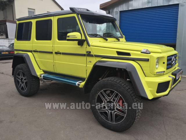 Rental Mercedes-Benz G 500 4x4 Yellow in Graz