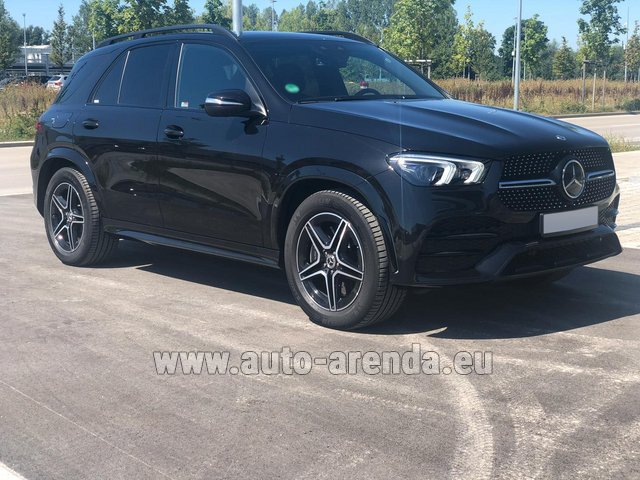 Rental Mercedes-Benz GLE 450 4MATIC AMG equipment in Vienna
