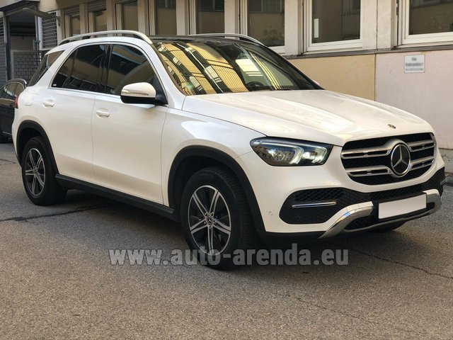 Hire and delivery to Vienna International Airport the car Mercedes-Benz GLE 350 4Matic AMG equipment