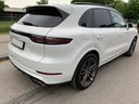 Rent-a-car Porsche Cayenne Turbo V8 550 hp in Graz, photo 4