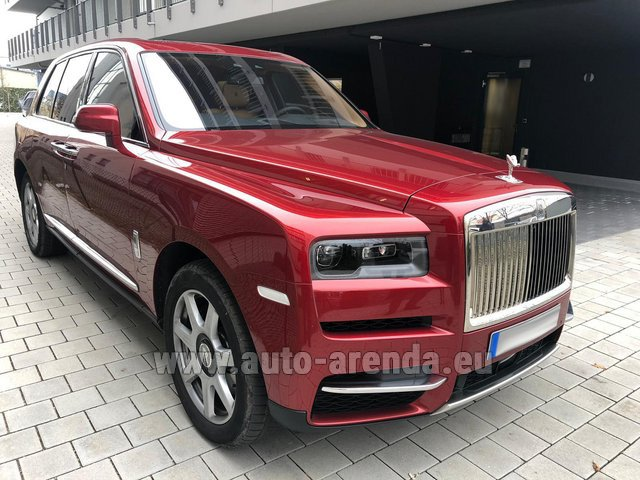 Rental Rolls-Royce Cullinan in Graz