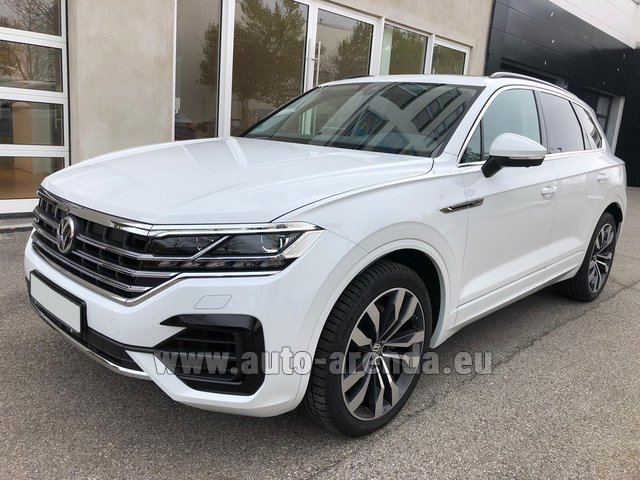 Hire and delivery to Vienna International Airport the car Volkswagen Touareg 3.0 TDI R-Line